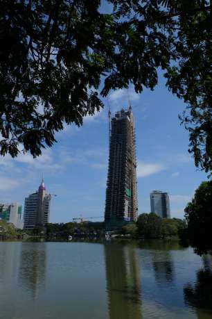 Lakeside living - the future of Colombo!